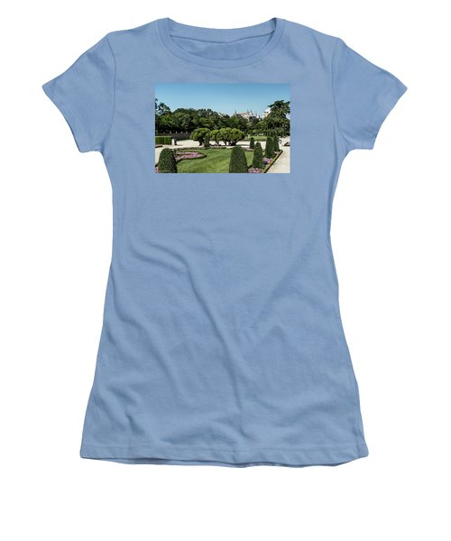 Colorfull El Retiro Park Women's T-Shirt (Athletic Fit)