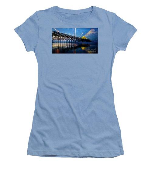 Apache Pier Women's T-Shirt (Athletic Fit)