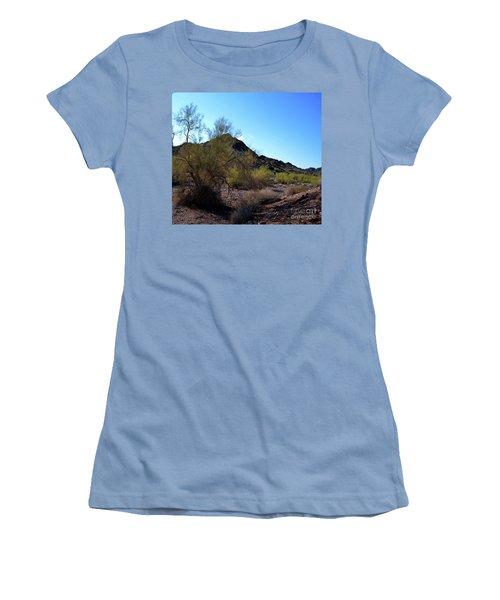 Arizona Desert Women's T-Shirt (Athletic Fit)