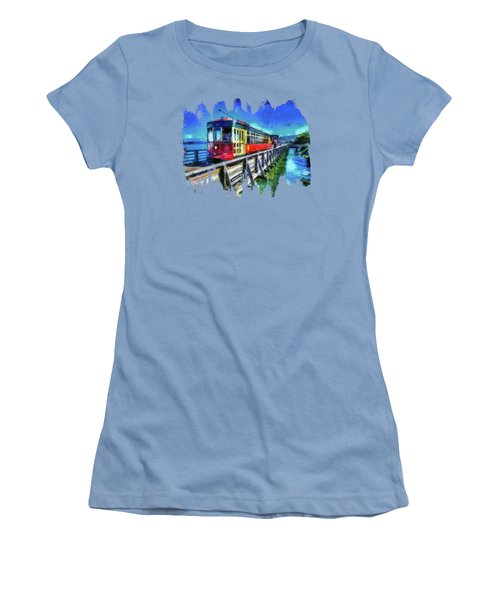 Astoria Riverfront Trolley Women's T-Shirt (Athletic Fit)