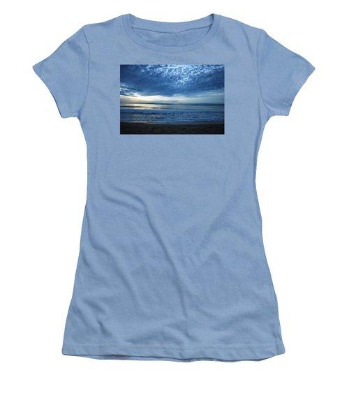Beach Sunset - Blue Clouds Women's T-Shirt (Athletic Fit)