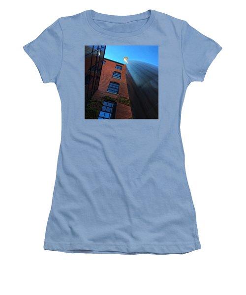Big Bat  Women's T-Shirt (Athletic Fit)