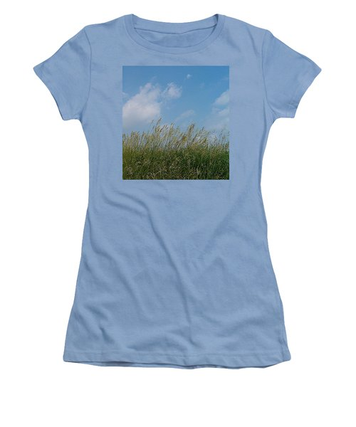 Women's T-Shirt (Junior Cut) featuring the photograph Breezy Day by Sara  Raber