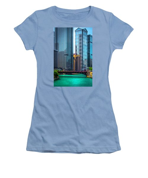 Chicago River From Michigan Ave Dsc2107 Women's T-Shirt (Junior Cut) by Raymond Kunst