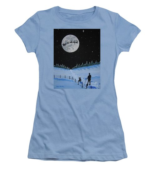 Christmas Eve Stroll Women's T-Shirt (Athletic Fit)