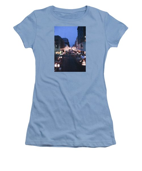 Christmas On The Mall Women's T-Shirt (Athletic Fit)