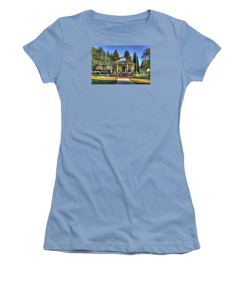 City Park Women's T-Shirt (Athletic Fit)