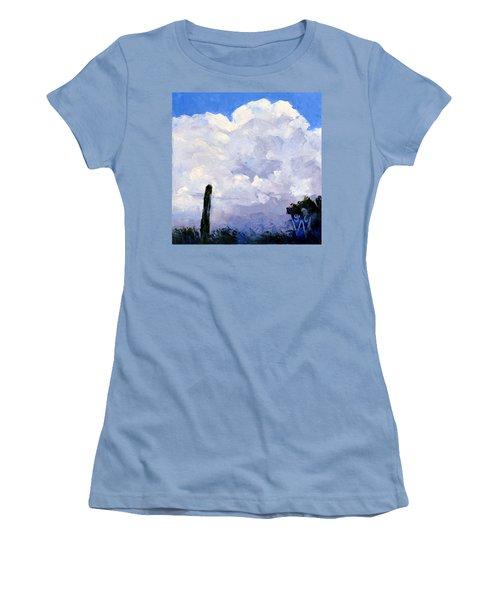 Clouds Building Women's T-Shirt (Athletic Fit)