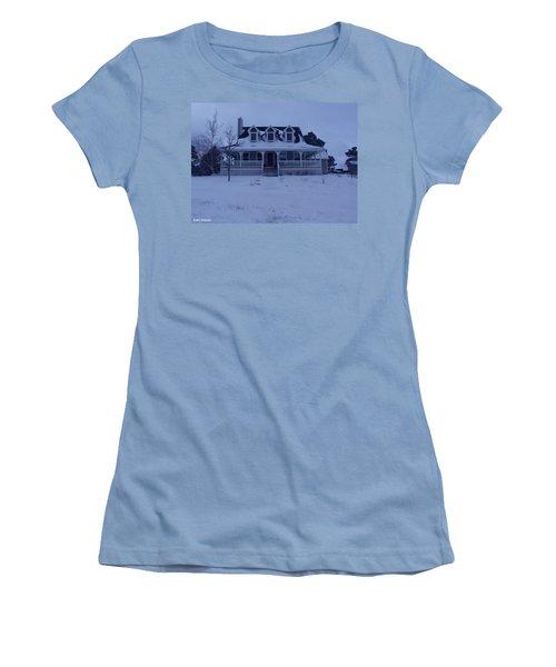 Dahl House Women's T-Shirt (Athletic Fit)