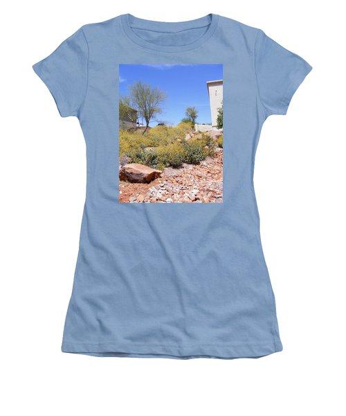 Desert Yard Women's T-Shirt (Athletic Fit)
