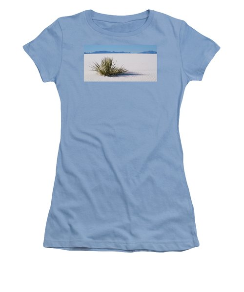 Dune Plant Women's T-Shirt (Athletic Fit)