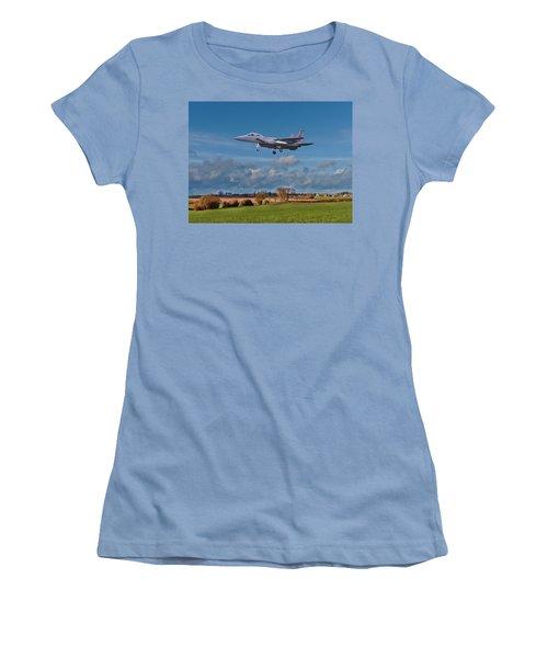 Eagle On Finals Women's T-Shirt (Junior Cut) by Paul Gulliver