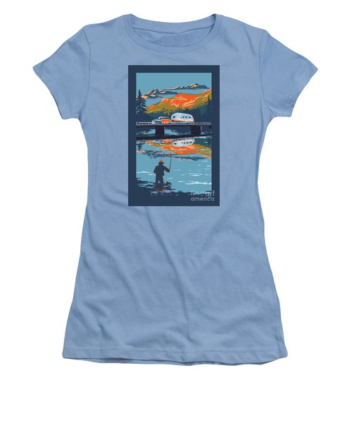 Enderby Cliffs Retro Airstream Women's T-Shirt (Athletic Fit)