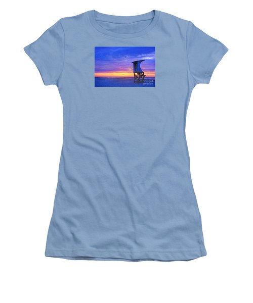 First Light On The Beach Women's T-Shirt (Athletic Fit)