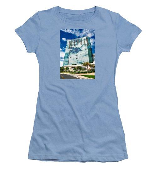 Fla-150531-nd800e-25120-color Women's T-Shirt (Junior Cut) by Fernando Lopez Arbarello