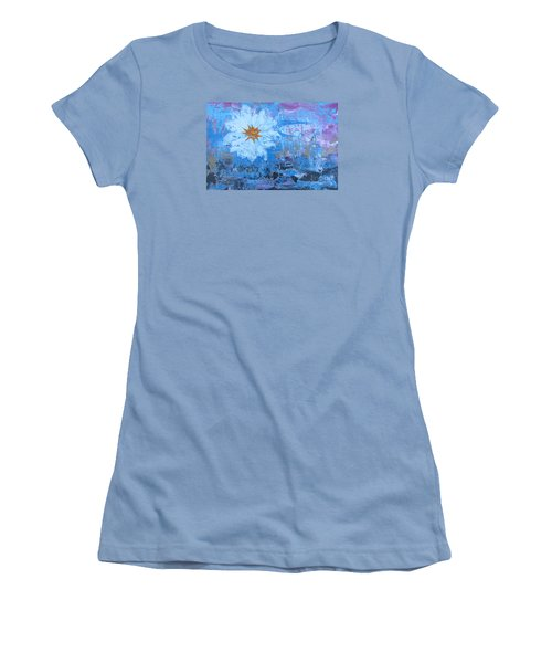 Flowers 19 Women's T-Shirt (Athletic Fit)