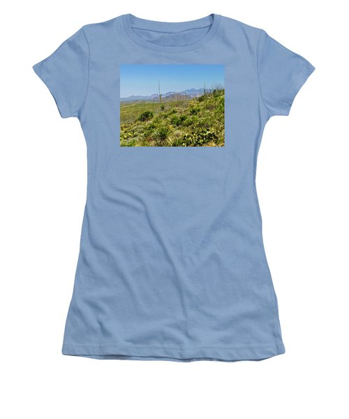 Franklin Mountains State Park Facing North Women's T-Shirt (Athletic Fit)