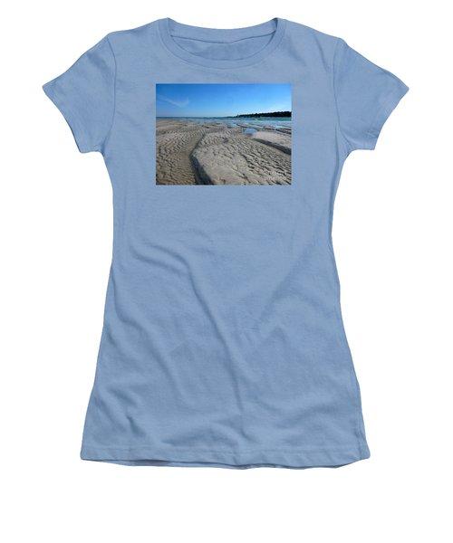 Gloucester Lighthouse Women's T-Shirt (Junior Cut) by Barbara Bardzik