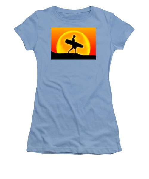 Goin' For A Surf Women's T-Shirt (Athletic Fit)