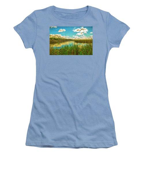 Gunnel Oval By Paint Women's T-Shirt (Junior Cut)