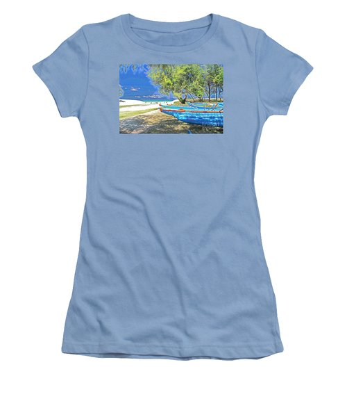 Hawaii Boats Women's T-Shirt (Athletic Fit)