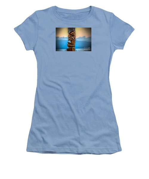 Women's T-Shirt (Junior Cut) featuring the photograph Ka'anapali Tiki by Kelly Wade