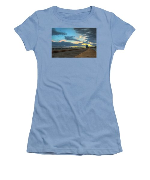 Last Light And Color Over Walnut Women's T-Shirt (Junior Cut) by Steven Llorca