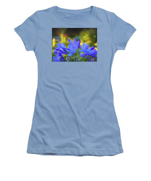 Lily Of The Nile Women's T-Shirt (Athletic Fit)