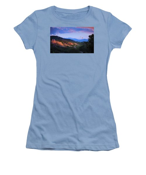Longs Peak And Glowing Rocks Women's T-Shirt (Junior Cut) by J Griff Griffin