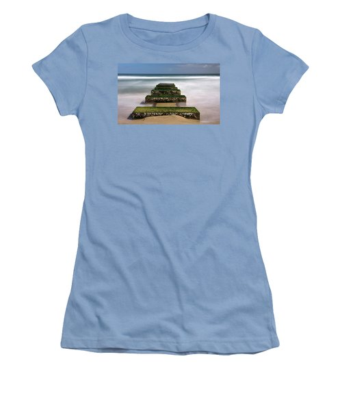 Low Tide Reveal Women's T-Shirt (Athletic Fit)