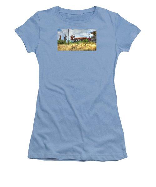 Make Love Not War I Women's T-Shirt (Athletic Fit)