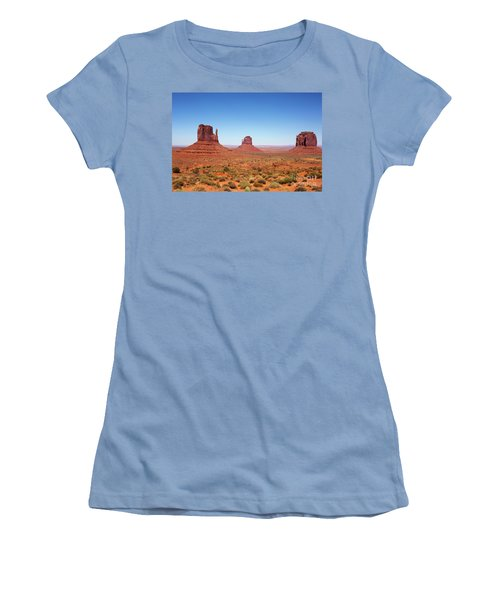 Monument Valley Utah The Mittens Women's T-Shirt (Athletic Fit)