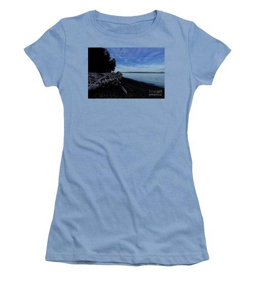 Morning Walk Seahurst Park. Women's T-Shirt (Athletic Fit)