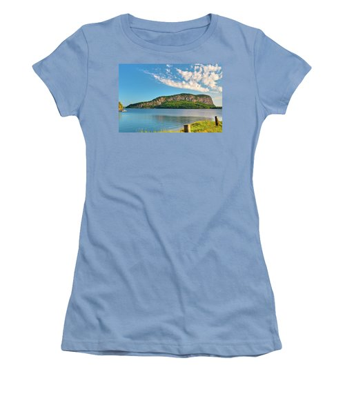 Mt Kineo 1504 Women's T-Shirt (Athletic Fit)