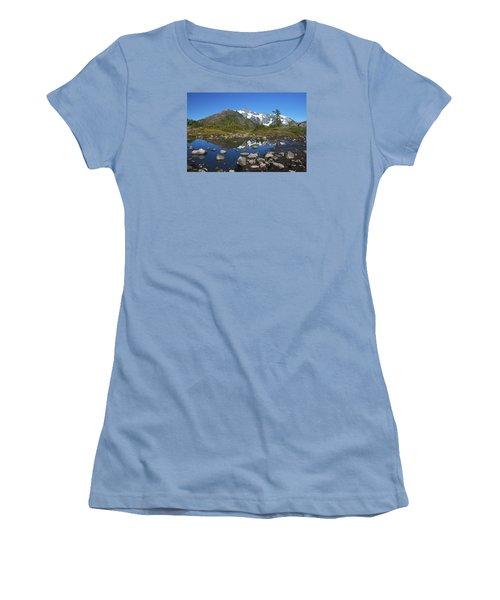 Mt. Shuksan Puddle Reflection Women's T-Shirt (Junior Cut) by Scott Cunningham