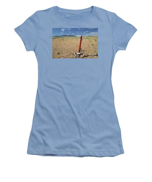 Nevada State Line Women's T-Shirt (Athletic Fit)