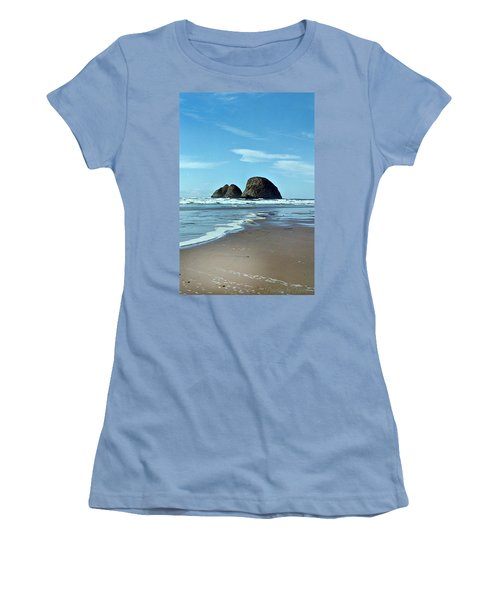 Oregon Coast 8 Women's T-Shirt (Athletic Fit)