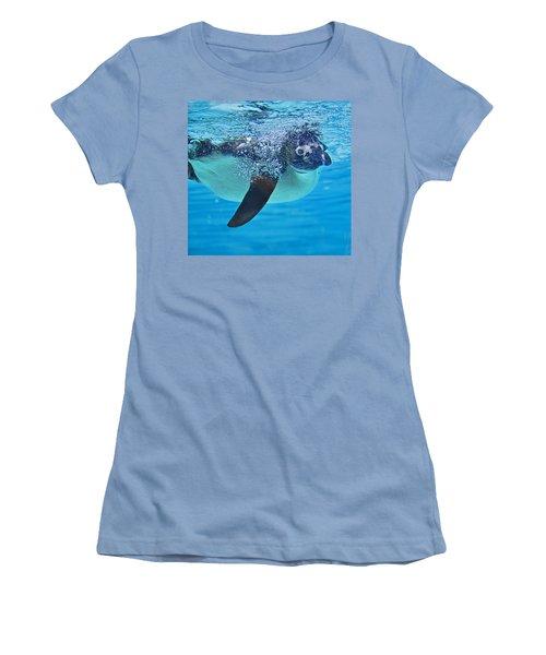 Penguin Dive Women's T-Shirt (Athletic Fit)