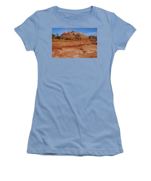 Red Rock Buttes Women's T-Shirt (Athletic Fit)