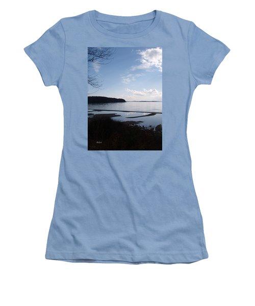 Women's T-Shirt (Junior Cut) featuring the photograph Rock Point North View Vertical by Felipe Adan Lerma