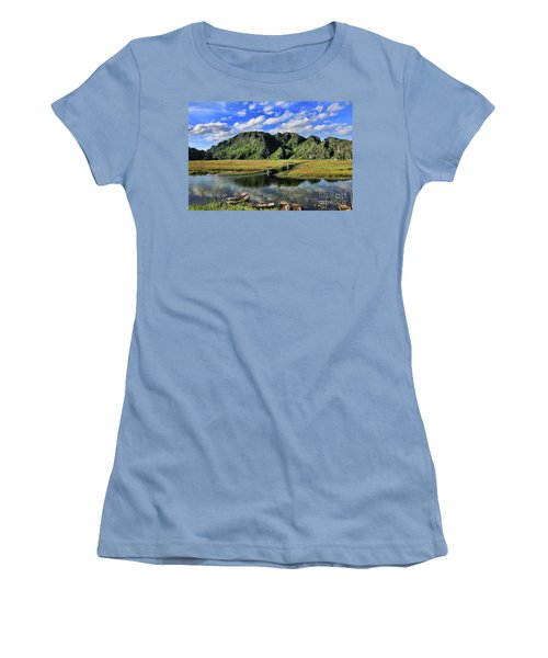 Scenic Route  Women's T-Shirt (Athletic Fit)