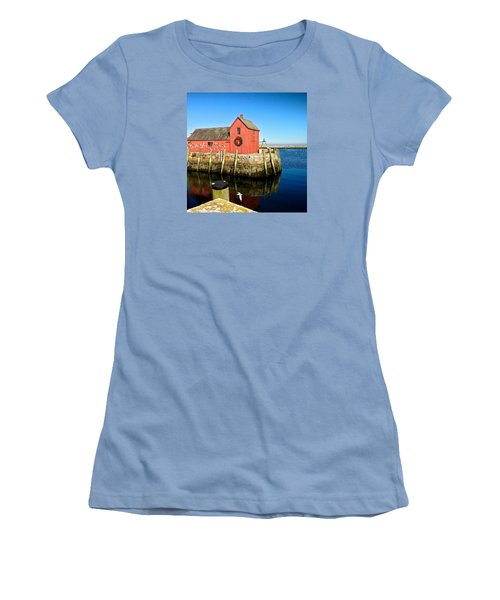 Season's Greetings Rockport Ma Women's T-Shirt (Athletic Fit)