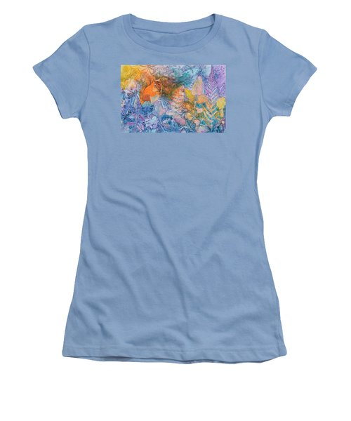 Squirrel Hollow Women's T-Shirt (Athletic Fit)