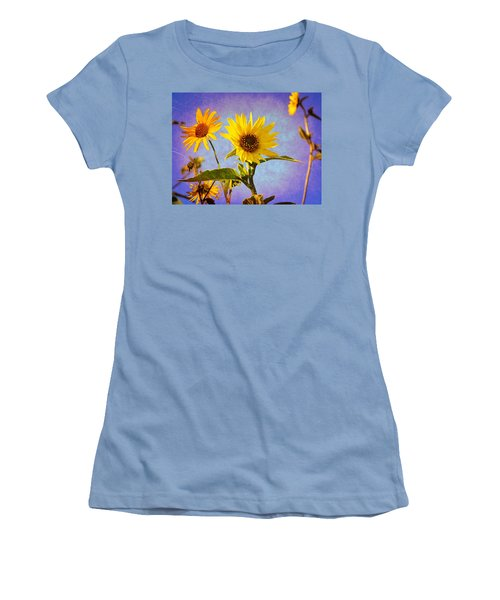 Sunflowers - The Arrival Women's T-Shirt (Junior Cut) by Glenn McCarthy Art and Photography
