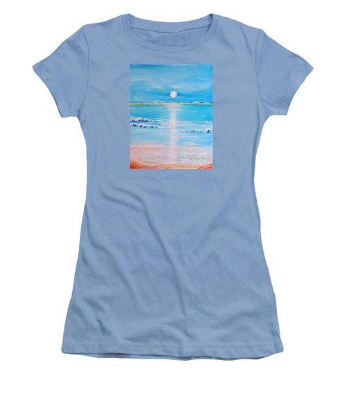 Sunset At The Beach Women's T-Shirt (Junior Cut) by Teresa Wegrzyn