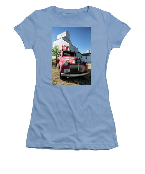 Val Marie, Sk Women's T-Shirt (Athletic Fit)