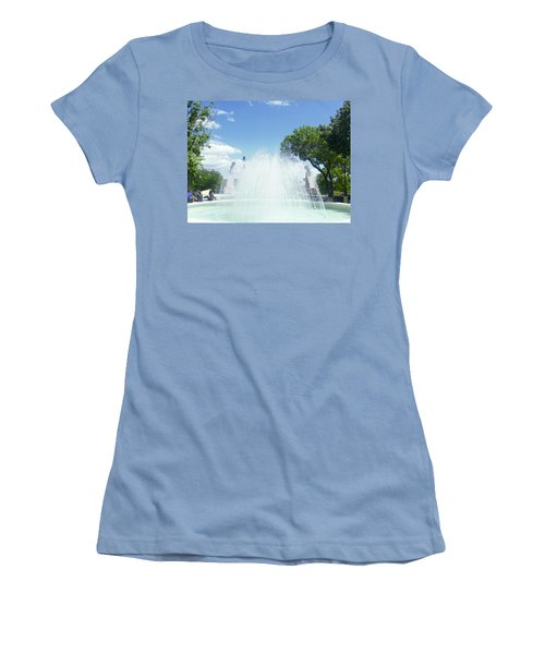 Water Fountain Ponce, Puerto Rico Women's T-Shirt (Athletic Fit)