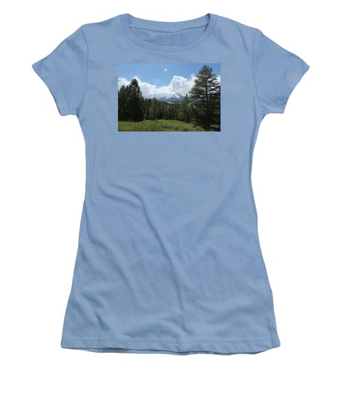 Wyoming 6500 Women's T-Shirt (Athletic Fit)