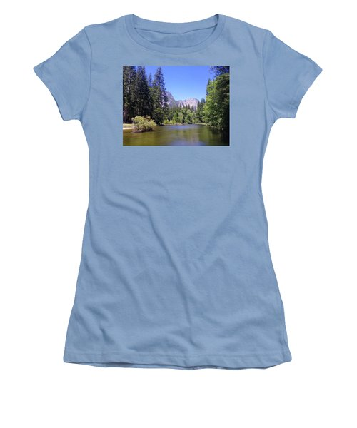 Yosemite 11 Women's T-Shirt (Athletic Fit)