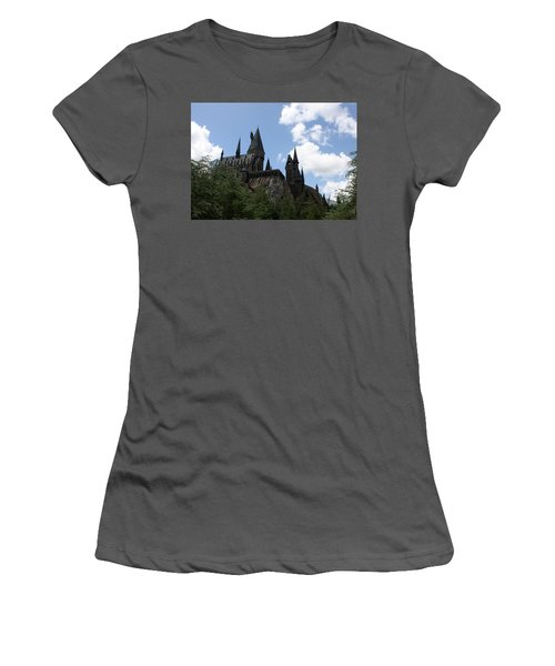 Hogwarts Castle Women's T-Shirt (Athletic Fit)